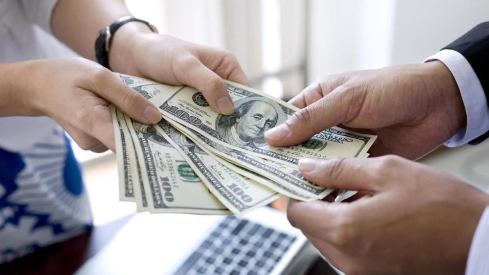 Как можно заработать много денег?